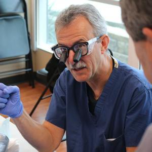 Dr. Brian Adams visits the Hand Center of San Antonio and shares his expertise.